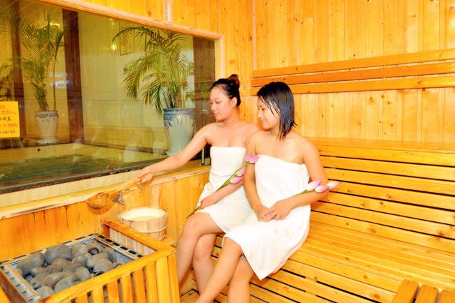 tay-te-bao-chet-sauna-tai-Golden-Lotus-Spa-17