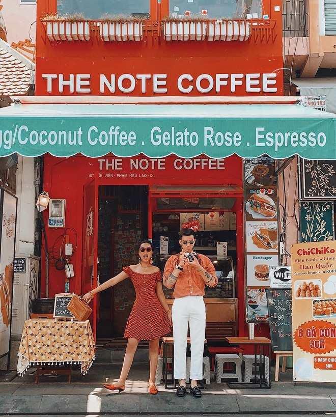 Note-Coffee-dia-diem-checkin-song-ao-dep-nhat-sai-gon-0n7