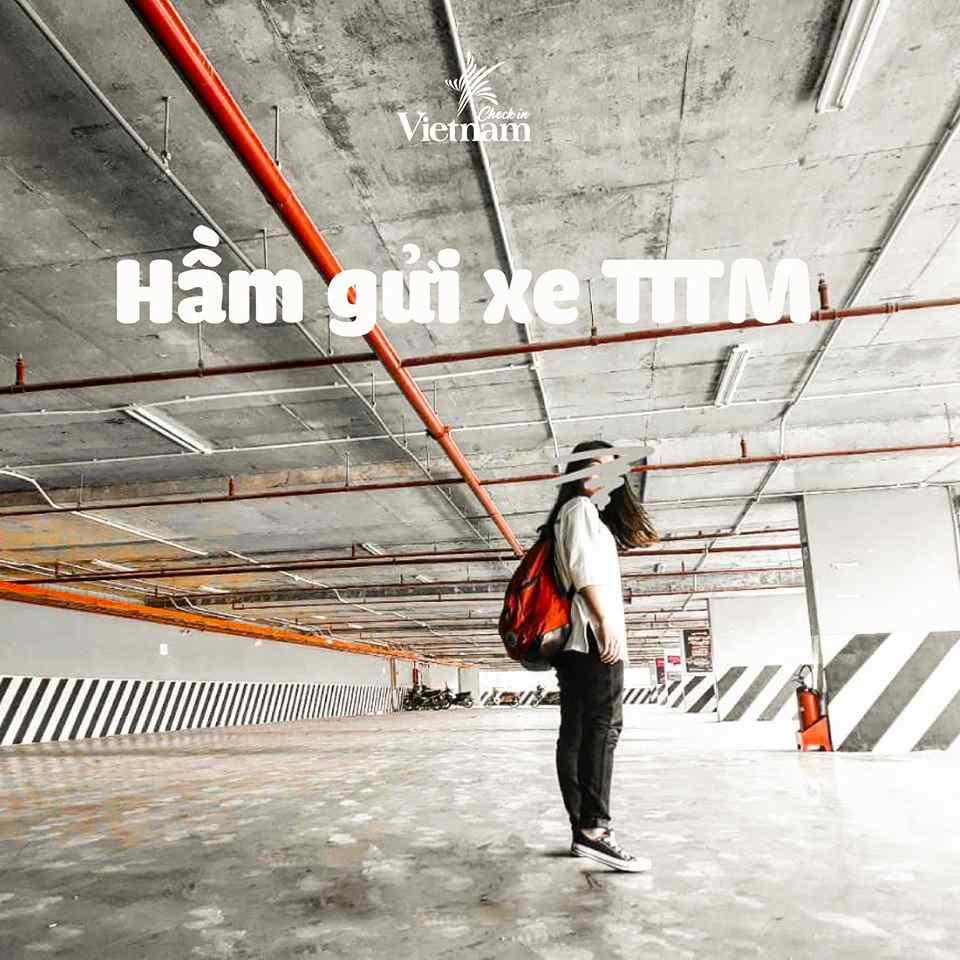 ham-gui-xe-dia-diem-checkin-song-ao-dep-nhat-sai-gon-0n11