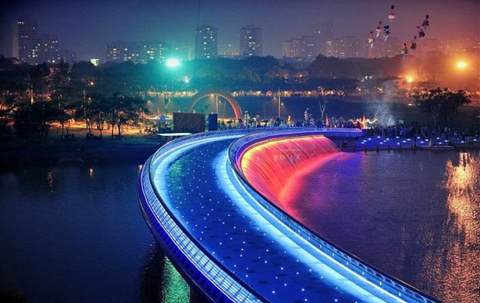 Cầu Ánh Sao quận 7 Khu đô thị Phú Mỹ Hưng