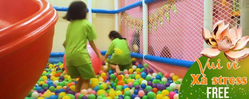 """Miễn phí Karaoke và khu vui chơi """"Kid Cafe"""" cho bé khi đi JJim Jil Bang"""